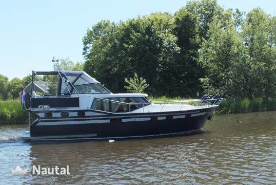 Houseboat rent Vacance 1100 in Watersportboulevard 't Ges, Friesland