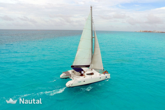 Catamaran rent Fountain Pajot 40 in Marina Chac Chi, Cancun