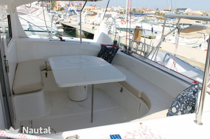Catamaran rent NAUTITECH CATAMARANS 395 in Dénia, Alicante