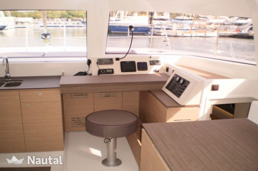 Louer catamaran Bali  4.0 with watermaker, Port du Marin, Martinique