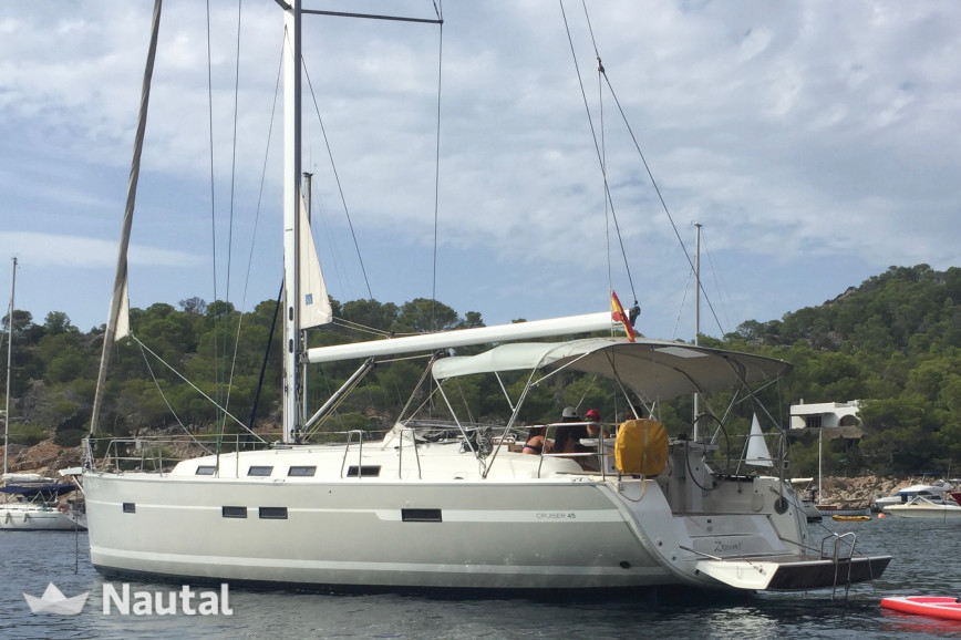 Sailing boat rent Bavaria 45 CRUISER in Port de Sant Antoni, Ibiza