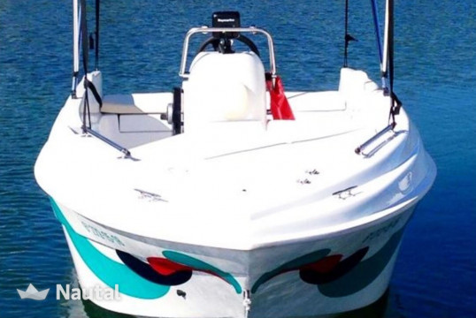 License free boat rent Compass 400 GT in Cala Galdana, Menorca