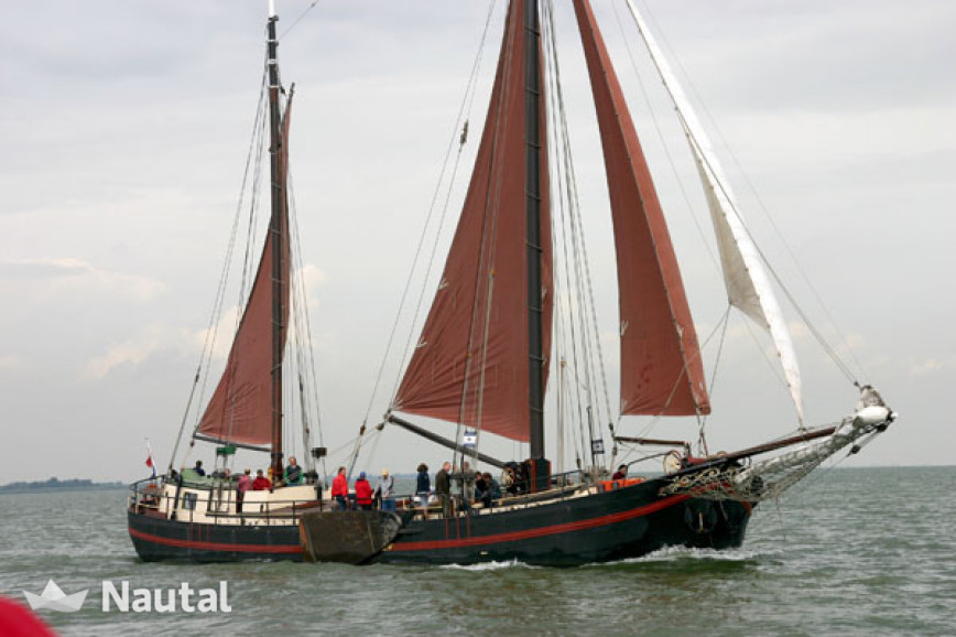 Huur zeilboot Custom Tweemast Klipperaak in Amsterdam , Noord-Holland