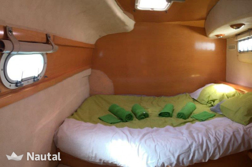 Catamaran rent Fountaine Pajot Bahia 46 in Port de Saint-Mandrier-sur-Mer, Var - Toulon