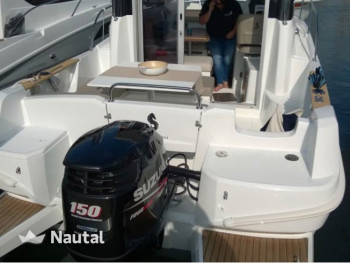 Cabin Cruiser for trips with small groups | Nautal