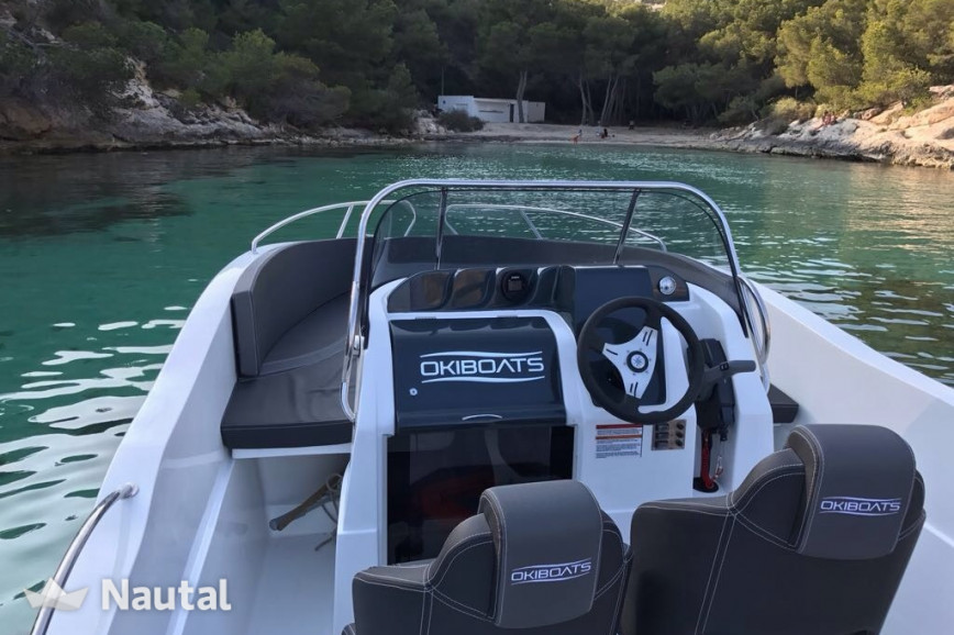 Motorboat rent Barracuda Yachts 545 in Port Adriano, Mallorca