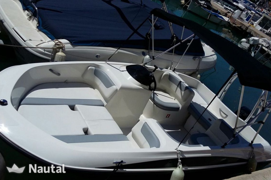 Motorboat rent Bayliner 16 element in Port Adriano, Mallorca