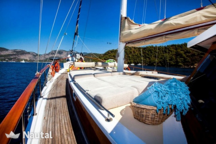 Noleggiare caicco Custom Gulet a Port of Split, Spalato e Hvar