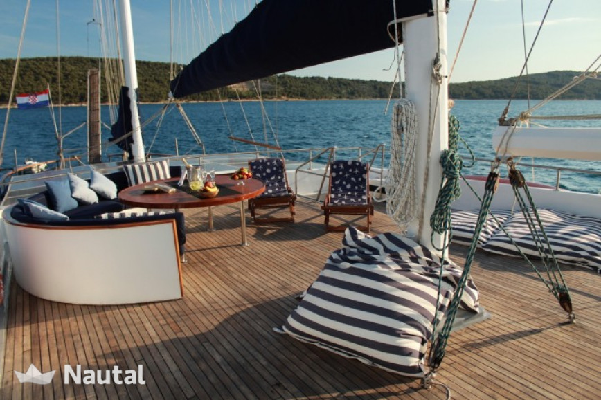Huur zeilschip Custom Gulet in Port of Split, Split en Hvar
