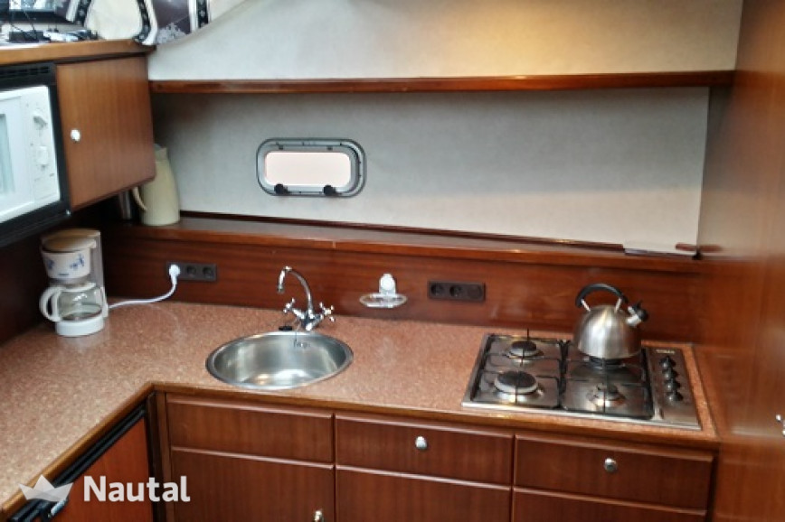 Houseboat rent Stekelenburg Aquacraft 1400 in Heerenveen, Friesland