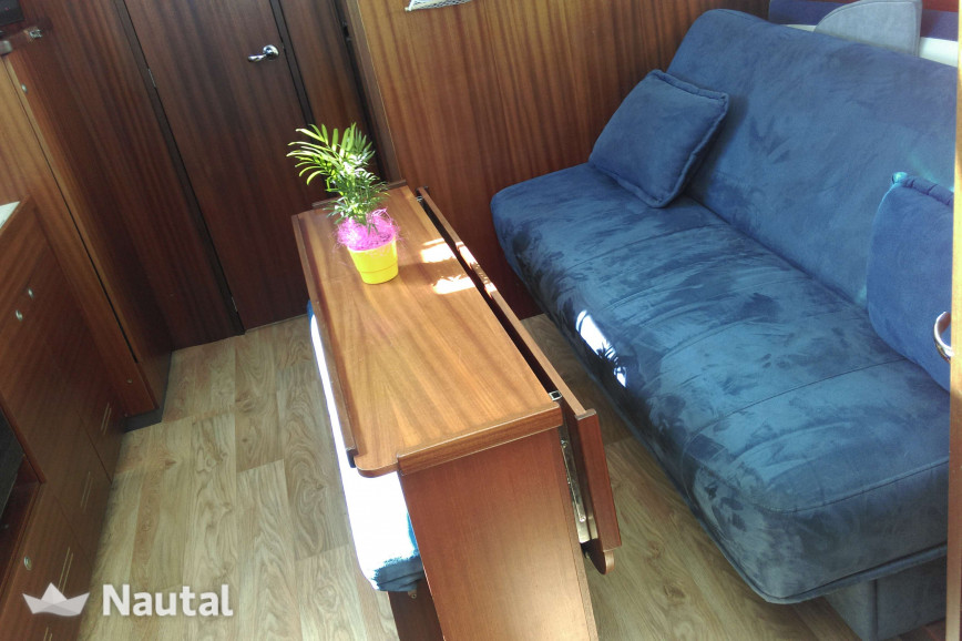Houseboat rent Delphia Delphia Escape 1050 in Harderwijk, Flevoland