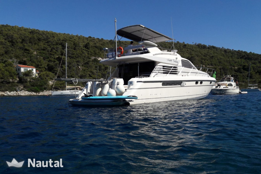 Motorboat rent Fairline Boats MYACHTS 18 / Fairline 59 - 3 + 1 cab. in Marina Lav, Split, Hvar