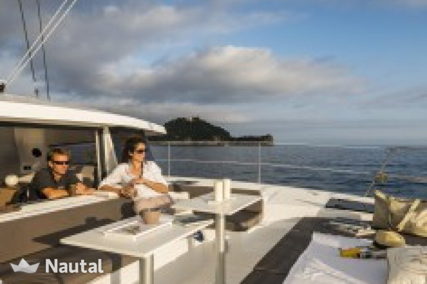 Huur catamaran Bali  4.0 O.V. with watermaker & A/C - PLUS in Blue Lagoon Marina, Saint Vincent en de Grenadines