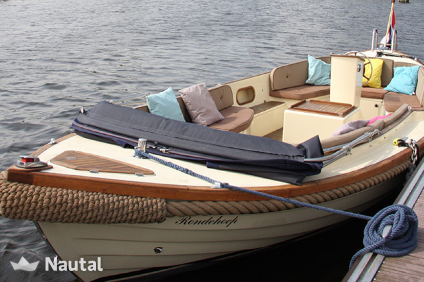 Motorboat rent Langweerder Sloep 6.50 Classic in Uithoorn, North Holland