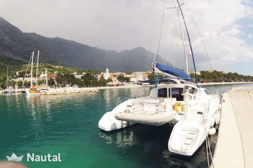 Catamaran rent Fountaine Pajot Lavezzi 40 in ACI Marina Dubrovnik, Dubrovnik