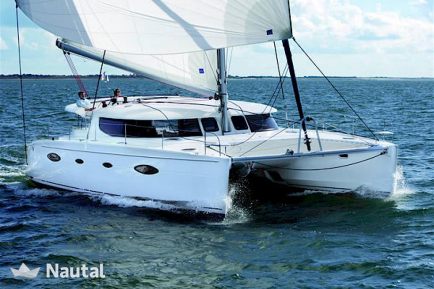 Alquilar catamarán Fountaine Pajot Salina 48 Evolution with watermaker en Port du Marin, Martinica