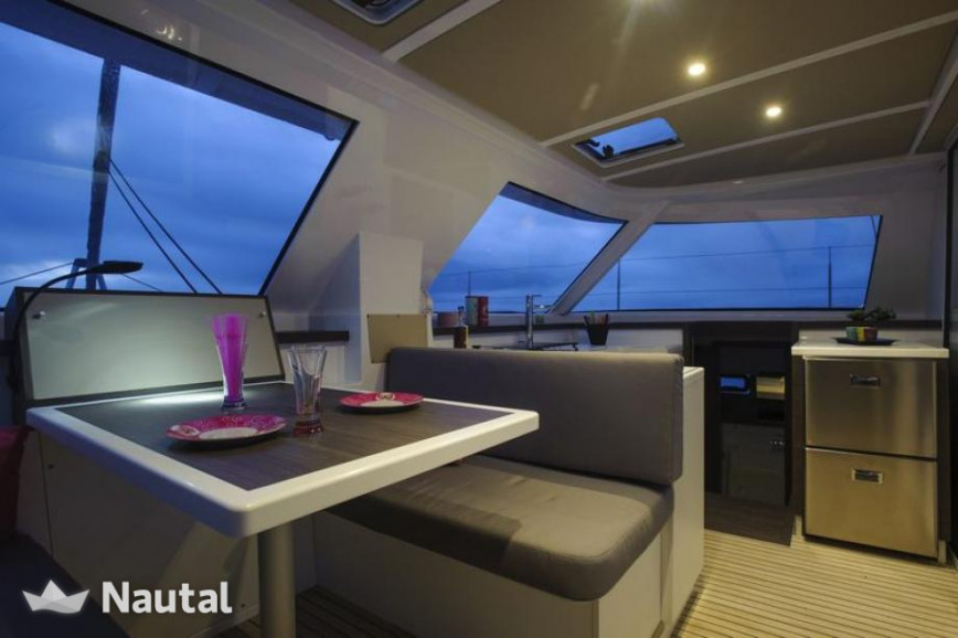 Huur catamaran Nautitech  40 Open in Port du Marin, Martinique