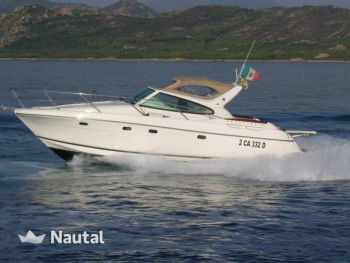 Motorboat Jeanneau Yachts for rent in Marina Di Portisco