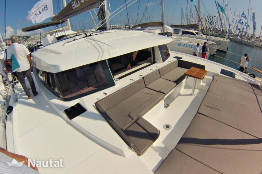 Huur catamaran Catana Bali 4.5 with watermaker & A/C - PLUS in Cala Nova, Mallorca