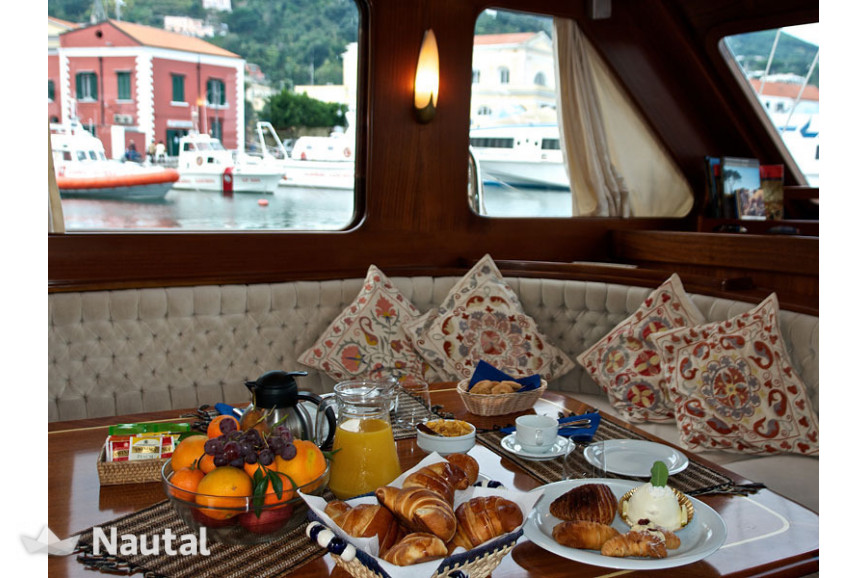 Gulet rent Gulet turkish in Castellammare di Stabia, Campania