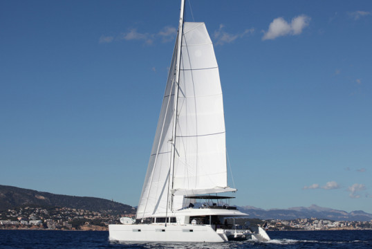 Catamaran rent Lagoon  620 in Manuel Reef Marina, British Virgin Islands