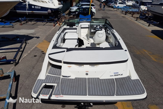 Motorboat rent Sea Ray 210 SPX in Porto Peschiera del Garda, Lake of Garda