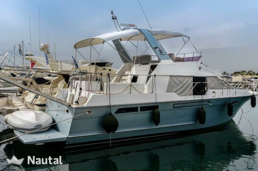 Motorboat rent Ocean Alexander 42ft in Glyfadha Marina C, Athens