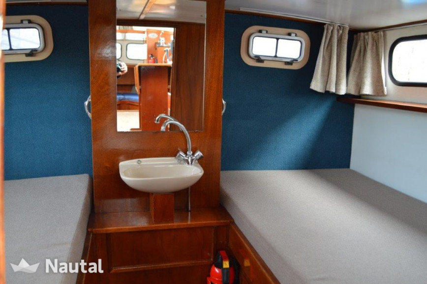 Motorboat rent Palan C 950 in Woubrugge, South Holland