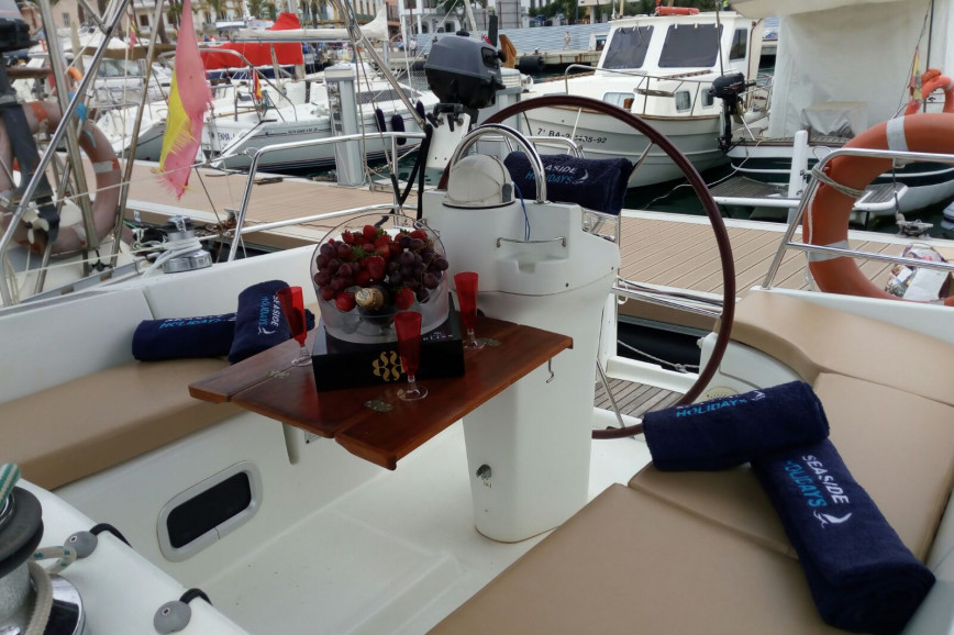 Huur zeilboot Oceanis Clipper 361 in Port d'Eivissa, Ibiza