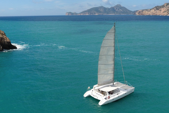 Catamaran rent Voyage yachts DC45 in Port d'Andratx, Mallorca