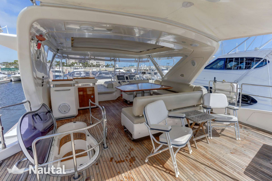 Yacht rent Azimut 70 in Miami Beach, South Florida