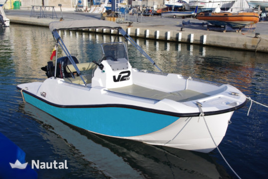 License free boat rent V2 5.0 in Cala Ratjada, Mallorca
