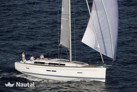 Sailing boat rent Dufour Yachts  405 GL in San Vincenzo Marina, Tuscany
