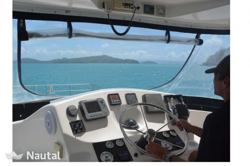 Catamaran rent Custom 44 in Shute Harbour, Whitsundays