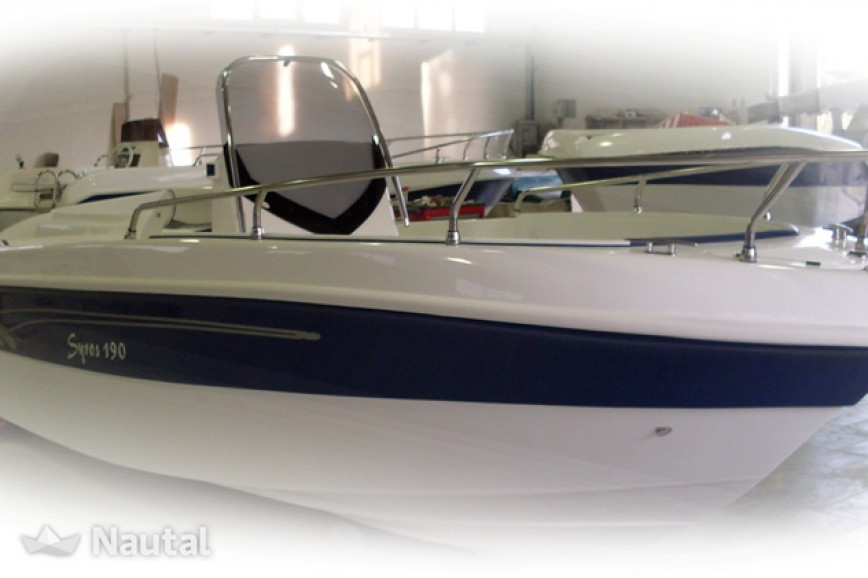 Motorboat rent Custom made 190 in Porto di Moniga del Garda, Lake of Garda