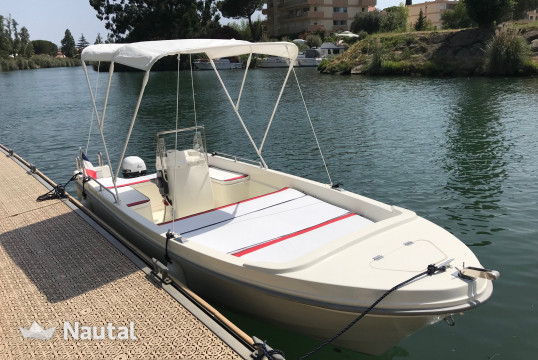 License free boat rent Selva Marine PIKE 6XS in Port Inland, Alpes Maritimes - Cannes
