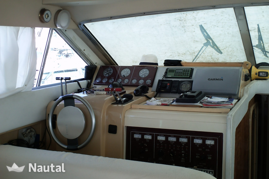 Louer yacht Mochi craft 42 fly, Port Chichoulet, Hérault