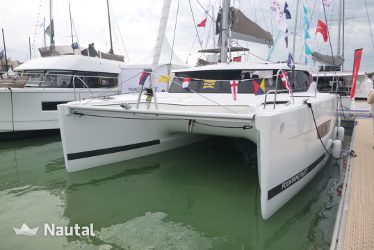 Noleggiare catamarano Fountaine Pajot Lucia 40 a Marina Pointe du Bout, Martinica