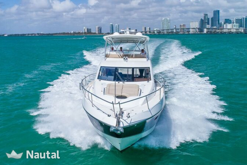 Alquilar yate Sunseeker 70' Manhattan en Miami Beach, Florida del Sur