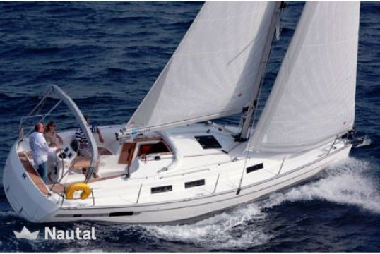 Sailing boat rent Bavaria 32 in Stavoren, Friesland