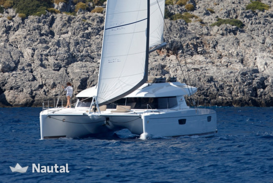 Louer catamaran Fountaine Pajot Ipanema 58, Cogolin, Var