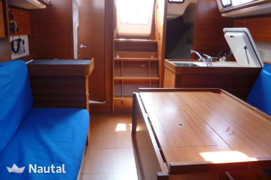 Huur zeilboot Dufour 335 in Port du Crouesty, Morbihan - Crouesty