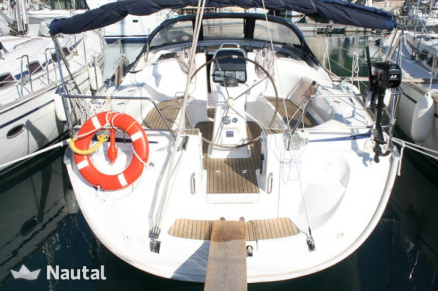 Sailing boat rent Bavaria Yachtbau Bavaria 39 Cruiser in Baotić Marina, Split, Hvar