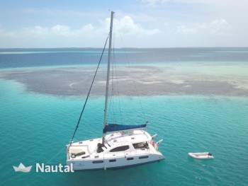 Huur catamaran Roberston and Caine  Leopard 4600 in Gran Roque, Los Roques