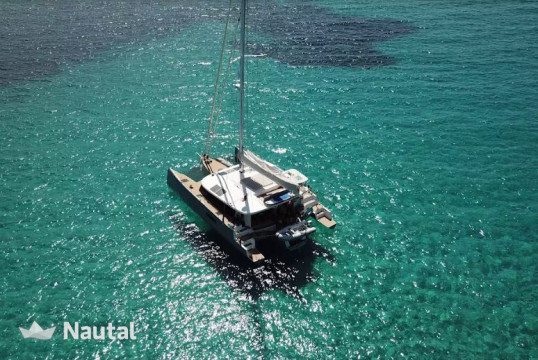 Huur catamaran Custom Neel 51 in Jolly Harbour Marina, Antigua en Barbuda