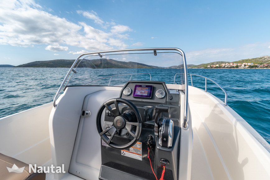 Motorboat rent Quicksilver Quicksilver 675 Open in Port Trogir, Split, Hvar