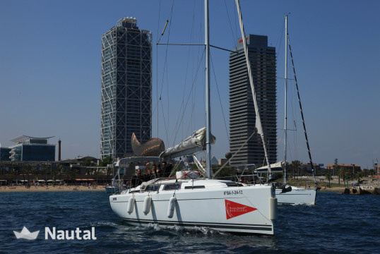 Huur zeilboot Hanse Yachts 345 in Port Olímpic, Barcelona