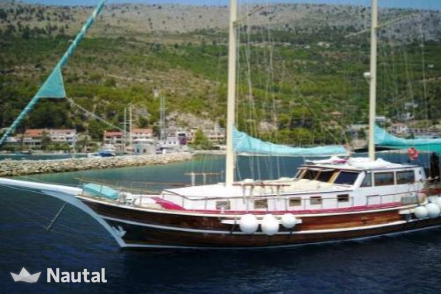 Gulet rent Custom 29m in Port of Split, Split, Hvar