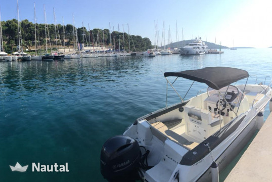 Motorboat rent 2015 Karnic 2251 Open in Port Trogir, Split, Hvar