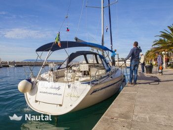 Sailing boat rent Bavaria Yachtbau Cruiser 40 in Marina Tučepi, Split, Hvar